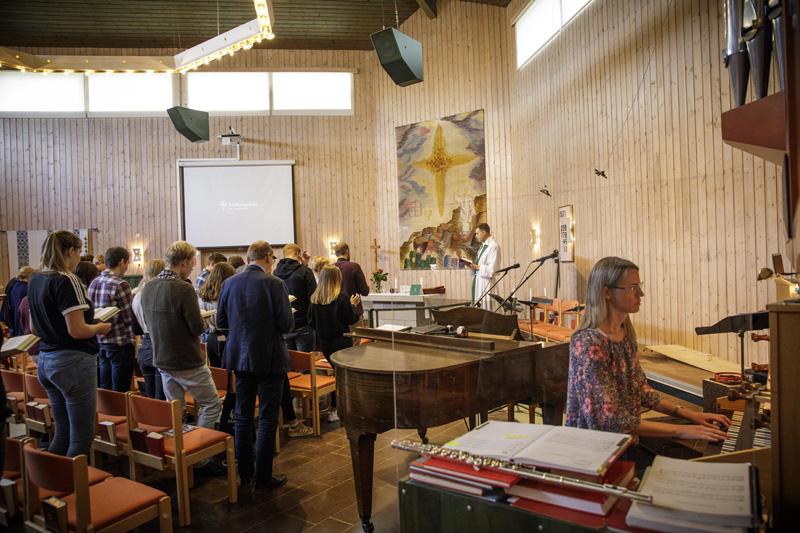 Gudstjänst i Sörbykyrkan i Örebro
