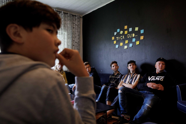 Ungdomar samtalar